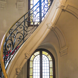 20160227-IMG_5074-architecture-photo-private-building-classical-stairs